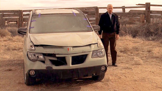 Walter White with his Pontiac Aztec